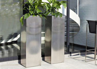 China Mirror Polished Stainless Steel Garden Containers , Stainless Steel Plant Pots supplier
