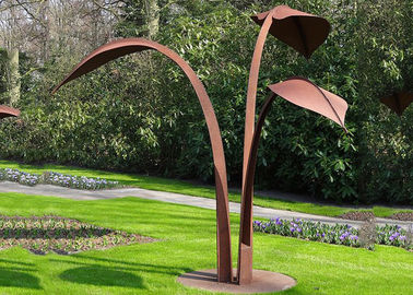 China Modern Style Corten Steel Sculpture Abstract Outdoor Garden Leaf Sculpture supplier