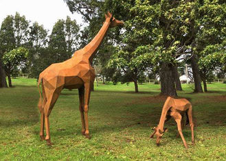 China Garden Decoration Rusty Naturally Corten Steel Sculpture Giraffe Sculpture supplier
