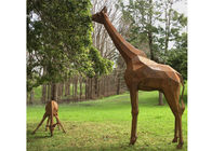 China Life Size Outdoor Animal Statues Corten Steel Giraffe Garden Statue Decoration factory