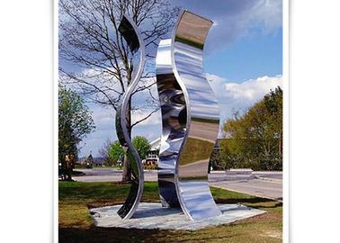 China Novel Design Outdoor Metal Sculpture , Metal Garden Statues Mirror Polished Surface factory