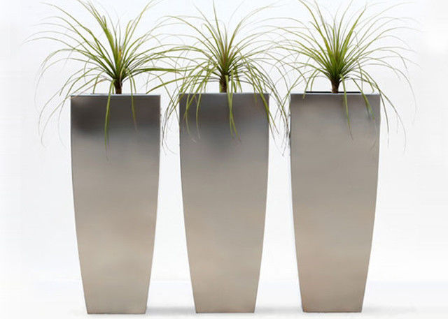 Vertical Brushed Metal Stainless Steel Planter Simple Design 38*38*120 Cm