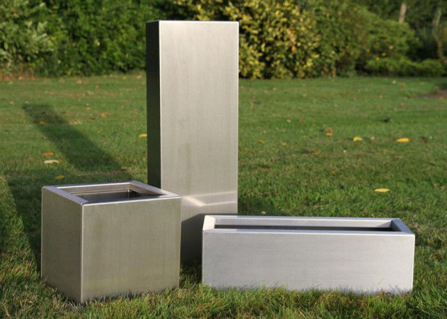 Brushed Stainless Steel Square Planters , Stainless Steel Flower Box 30-120cm Height