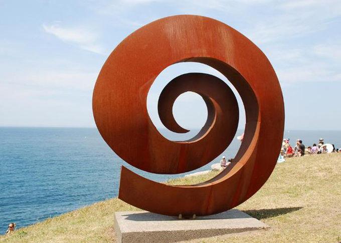 Weather Resistant Facete Corten Steel Sculpture 2 5mm Thickness