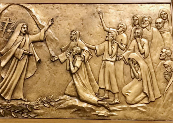 Modern Religious Wall Art Decor Bronze Relief Sculpture Corrosion Stability