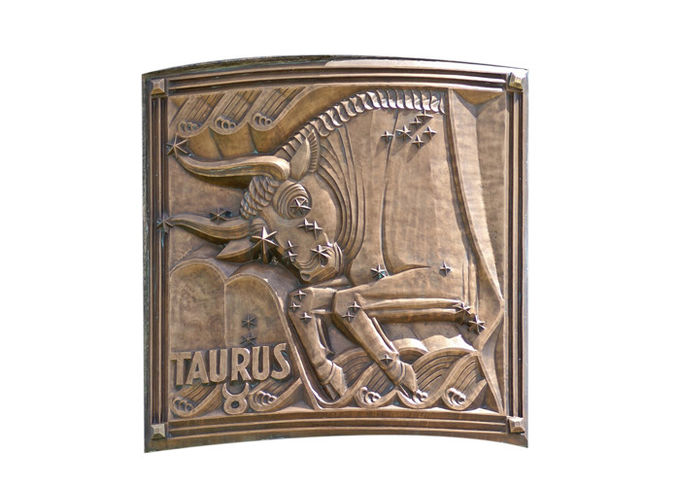 Contemporary Wall Art Metal Bronze Relief For Indoor Decoration Soft Texture